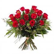 Interflora 18 Rosas Rojas de Tallo Largo - Pasión