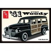"AMT scala di 1:25 ""1941 Ford Woody Street Rod"" Model Kit"