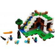 LEGO Baza de la Cascada (21134)