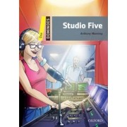 Dominoes: One: Studio Five Pack by Anthony Manning