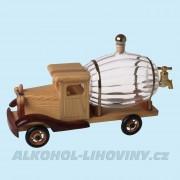 Dřevěné auto se soudkem