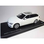 Miniatura BMW Seria 3 F31 1:18 Alpine White
