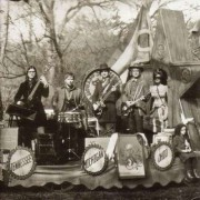 Raconteurs - Consolers of the Lonely (0634904035921) (1 CD)