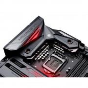 Carte mre ATX ROG MAXIMUS VIII FORMULA - Socket 115 - SATA 6Gb/s + M.2 + SATA Express + U.2 - USB 3.1 - 3x PCI-Express 3.0 16x - Wi-Fi AC / Bluetooth 4.1
