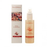 Frais Monde Magnolia Petal Perfumed Water 125ml Pflegendes Körperspray für Frauen Blütenblätter der Magnolie