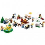 LEGO® City Distracție în parc - Oamenii orașului 60134