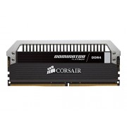 Corsair CMD32GX4M4A2666C15 Dominator Platinum Memoria per Desktop di Livello Enthusiast 32 GB (4x8 GB), DDR4, 2666 MHz, CL15, con Supporto XMP 2.0, Nero