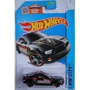 HOT WHEELS HW CITY SHOWDOWN SCAN & RACE! BLACK FORD MUSTANG GT CONCEPT 49/250