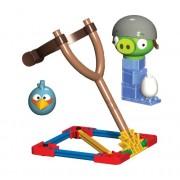 K'Nex Angry Birds Blue Bird vs. Helmet Pig Building Set [29 PCS]