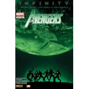 "( The ) Avengers N° 12 A ( Juin 2014 ) : "" Infinity : Bâtisseurs "" ( New Avengers + Avengers + Captain America + Infinity : The Hunt + Young Avengers )"