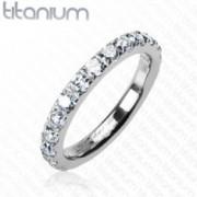 Titánium gyűrű - tiszta kerek cirkónia kövek