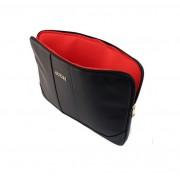 Guess Saffiano Notebook Sleeve - дизайнерски луксозен кожен калъф за преносими компютри до 15 инча (черен)