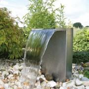 Ubbink Venezia vodopád z nerezové oceli s LED osvětlením