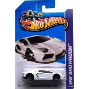 Hot Wheels 2013, Lamborghini Aventador LP 700-4 (WHITE), HW SHOWROOM, #173/250. 1:64 Scale.