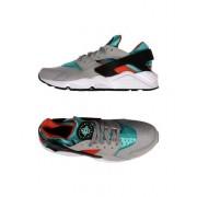 NIKE AIR HUARACHE - CHAUSSURES - Sneakers & Tennis basses - on YOOX.com