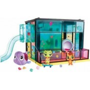 Casuta Papusi Hasbro Littlest Pet Shop Pet Day Camp Style Set