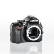Nikon D5200 Appareil photo numérique - Reflex boîtier nu - noir