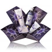 Set cadou - Iris - Gel de dus, crema de corp, crema de maini si sapun cu iris