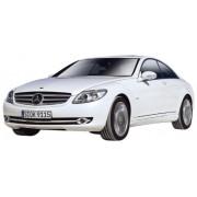 Bburago 15643032 - Modellino di Mercedes-Benz CL550, in scala 1:32 (colori assortiti)