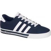 Sapatilha Adidas Daily Team