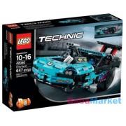 LEGO TECHNIC Gyorsulási versenyautó 42050