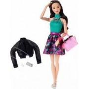 Papusa Mattel Barbie Bruneta Si Accesorii Fashion