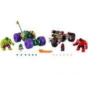LEGO Hulk contra Hulk cel Rosu (76078)