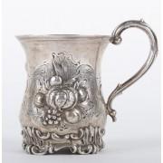 Stříbrný šálek