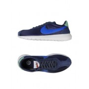 NIKE W ROSHE LD-1000 - CHAUSSURES - Sneakers & Tennis basses - on YOOX.com
