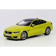 Miniatura BMW M4 Coupe F82 1:18 Austin Yellow