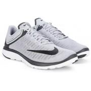 Nike FS LITE RUN 4 Running Shoes(Grey)