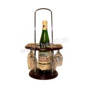 Minibar cu o sticla si cinci pahare