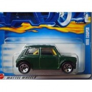 Hot Wheels 2002 Mini Cooper #200 Green 1:64 Scale
