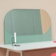 SHAPES : miroirs fonctionnels, miroir et bois laqué, par HAY.