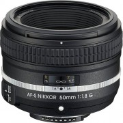 Nikon 50 mm / F 1,8 AF-S G SPECIAL EDITION Objectifs