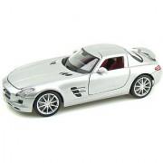 Mercedes-Benz SLS AMG Gullwing 1/18 Silver