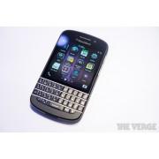 BlackBerry Q10 mobilni telefon