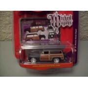 Johnny Lightning Wicked Wagons R3 1950 Mercury Woody Wagon