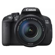 Canon EOS 700D + EF-S 18-135 f/3.5-5.6 IS STM tükörreflexes digitális fényképezőgép