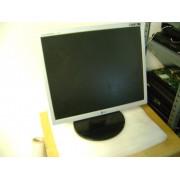 Monitor LCD LG Flatron L1753TR 17 inch Grad B - carcasa crapata