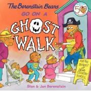 Berenstain Bears Go on a Ghost Walk by Jan Berenstain