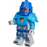 Exclusive LEGO NEXO KNIGHTS 5004390 Royal Guard Minifig Set