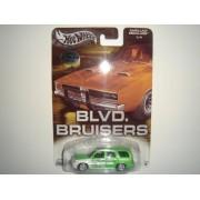 2004 Hot Wheels Affinity Blvd. Bruisers Cadillac Escalade Green #1/4