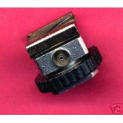 OMAX hot shoe to PC adapter
