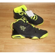 Chaussure De Basket Kipsta Taille 36 (Neuve)