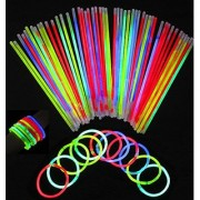 Glowsticks Vivii 100 Light up Toys Glow Stick Bracelets Mixed Colors Party Favors Supplies (Tube of 100)