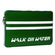 Walk On Water Boarding Sleeve 13 - кожен калъф за преносими компютри до 13 инча (зелен)