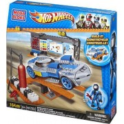 Mega Bloks Hot Wheels Speed Racer Pit Stop
