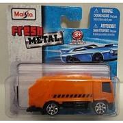 Maisto Fresh Metal 1:64 Die Cast Orange Recycling Truck