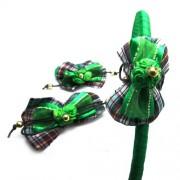 Diadema, pasador y coletero verde con cuadros